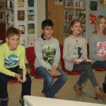 Gespannte Erwartung der Kandidaten vor dem Wettbewerb v. li.: Janne Herbrig (6d), Kemal Koçyiğit (6c), Jessica Plünske (6a) und Annika Eichhorn (6b)