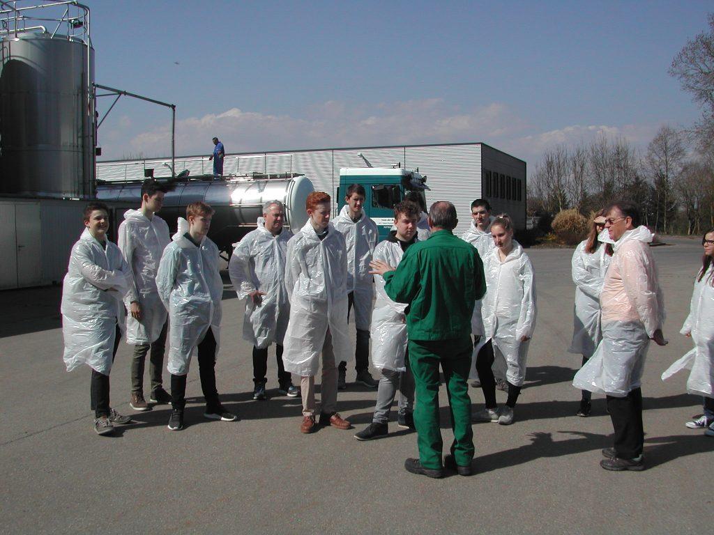 Nachhaltigkeits AG bei der Tierkörperbeseitigungsanlage Warthausen