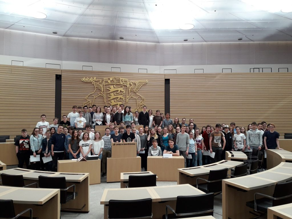 Klassenstufe 9 im Landtag von Baden-Württemberg