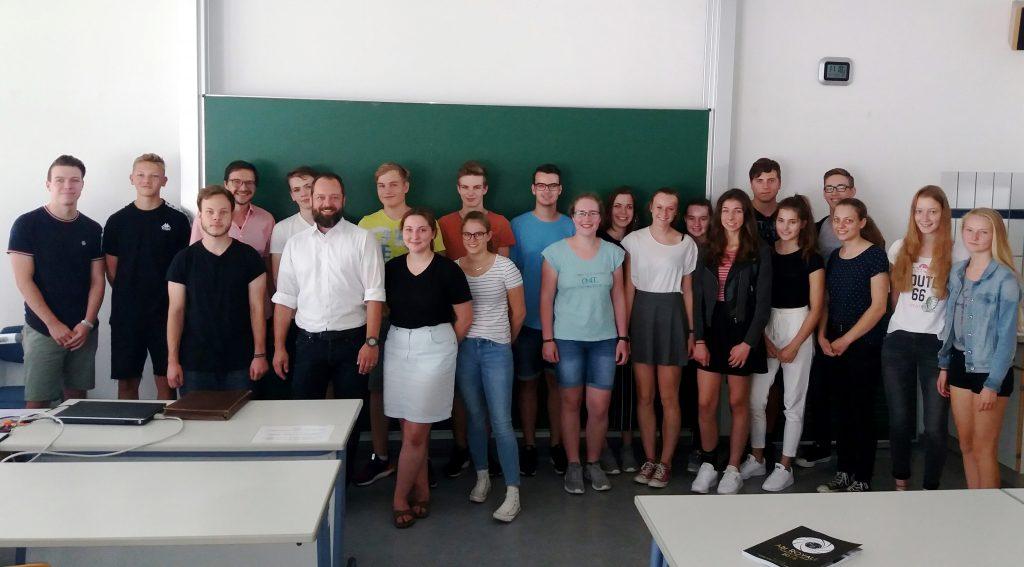Stephan Rayher zu Besuch am Carl Laemmle Gymnasium