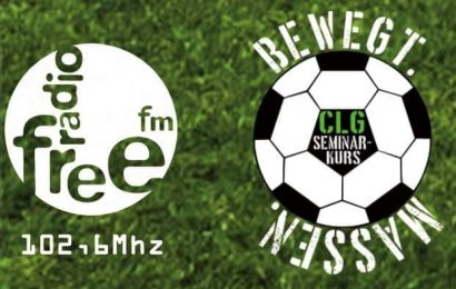 Logo FreeFM und Fußball. Bewegt. Massen.
